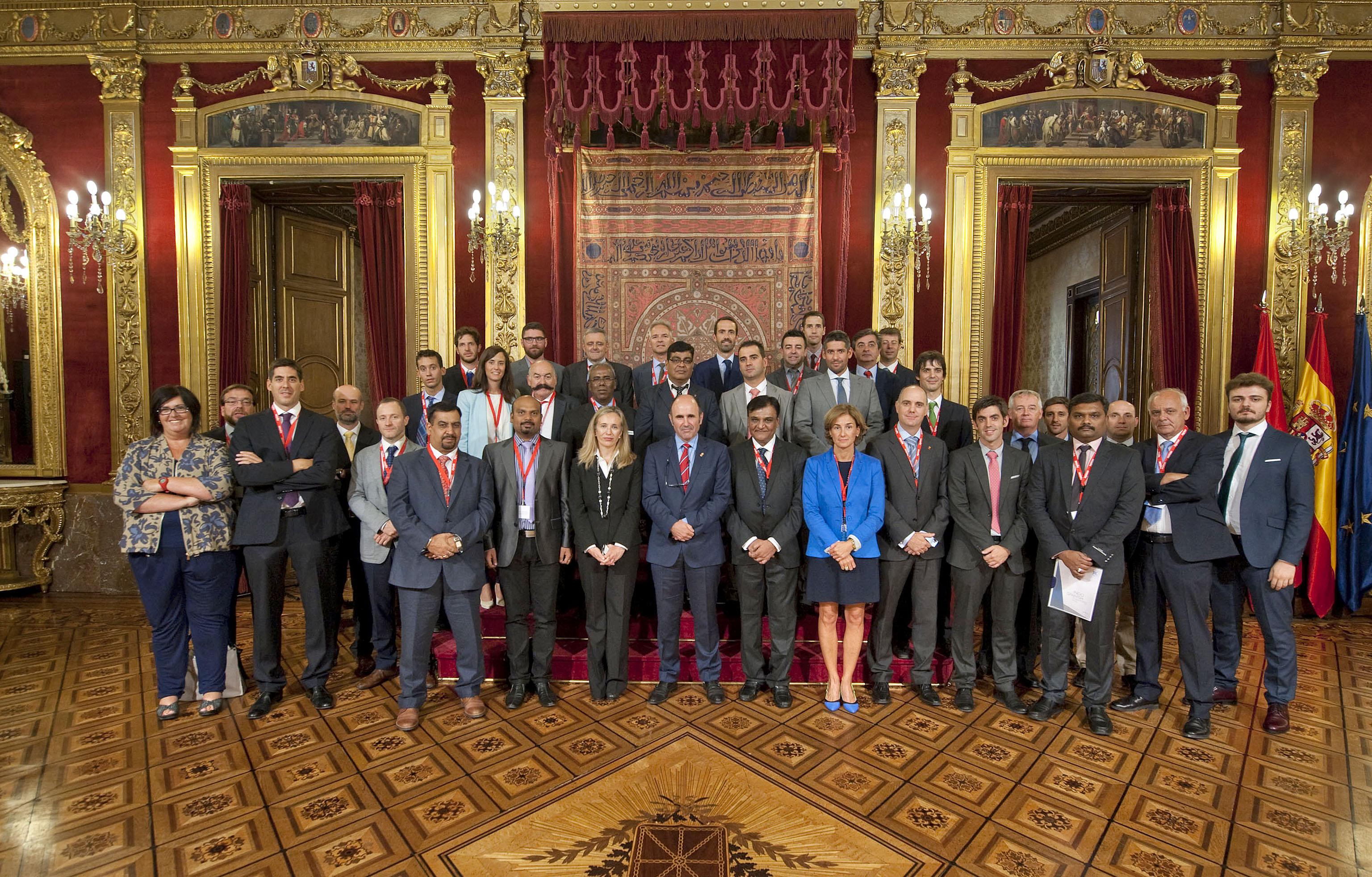 http://www.navarra.es/NR/rdonlyres/1168FED1-B02D-4A0F-9E31-AD576FF04551/358028/India1.jpg