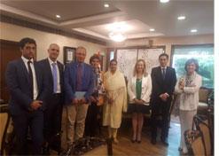 La ministra de Industria de Alimentos Procesados de India recibe a una representación del Gobierno de Navarra