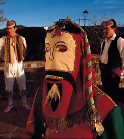 History and culture. Customs and traditions - navarra.