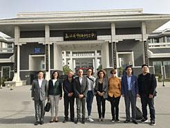 Ambas delegaciones tras las visitas a centros educativos vocacionales.