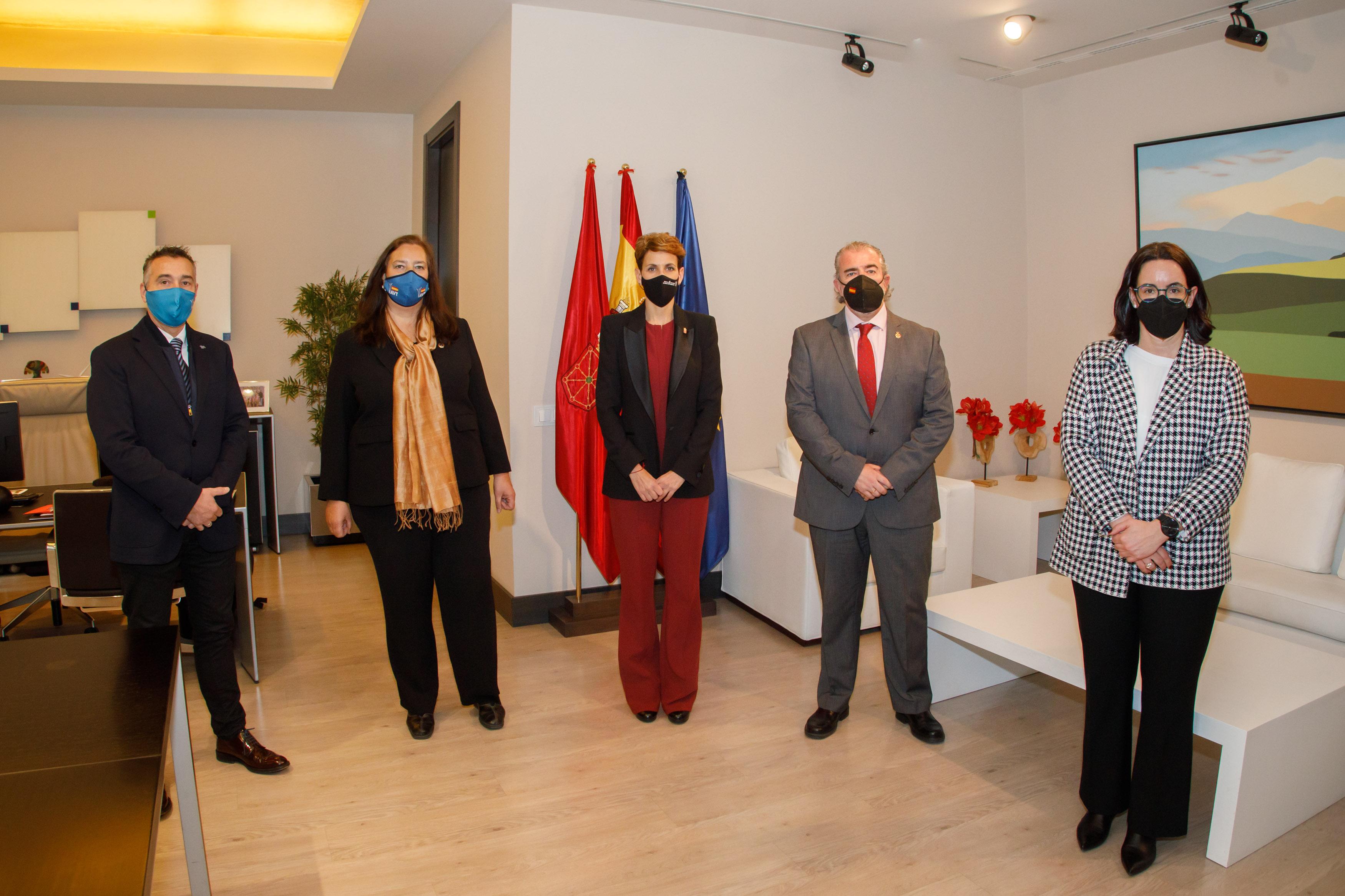 El Gobierno de Navarra y la Asociación Víctimas del Terrorismo acuerdan firmar un convenio de colaboración para atención a las víctimas