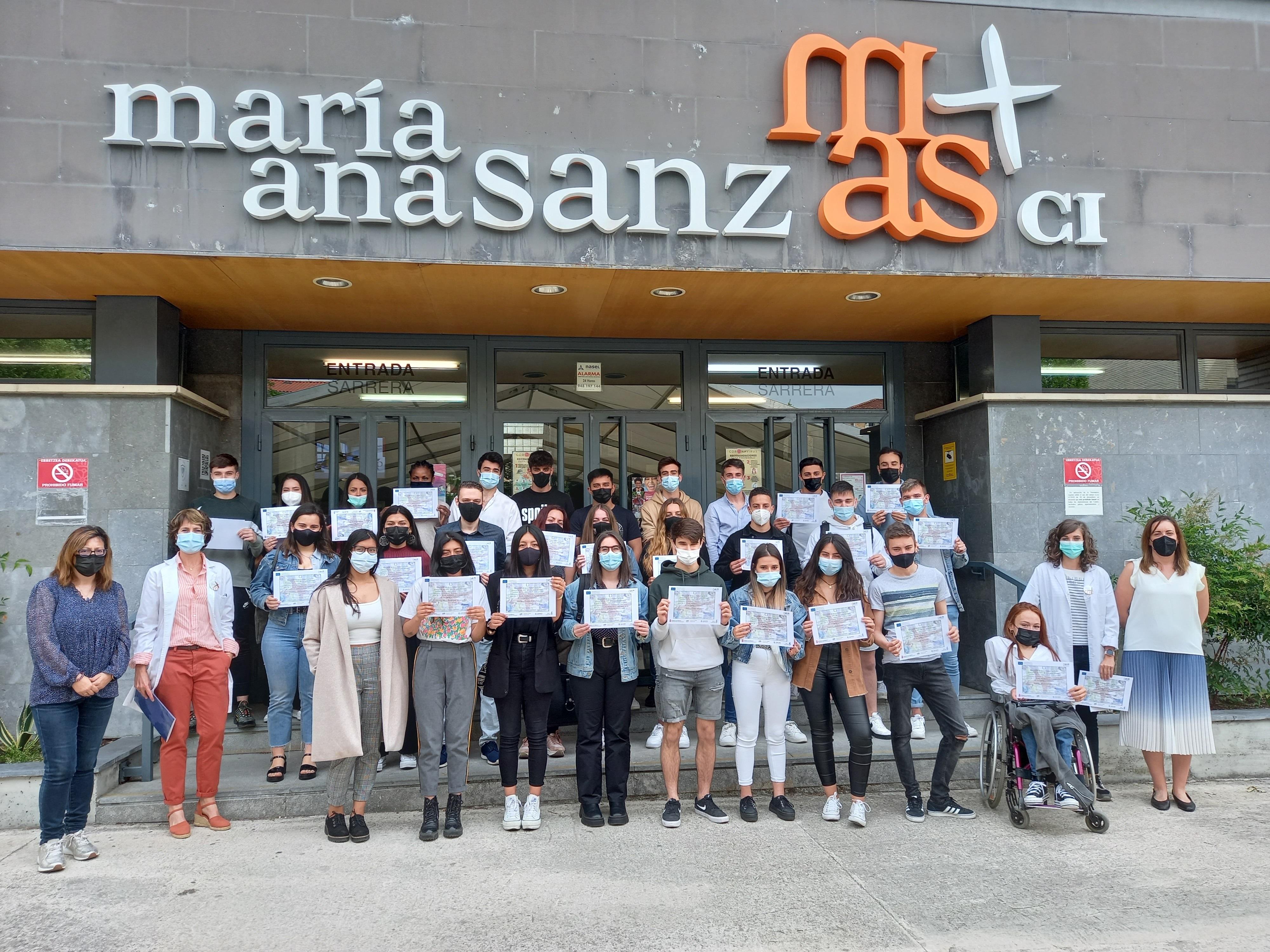 Alumnado del centro de FP María Ana Sanz que ha participado en el diseño de la web.